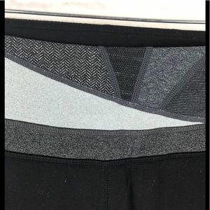 lululemon athletica Pants - Lululemon reversible Groove crops 6 Black
